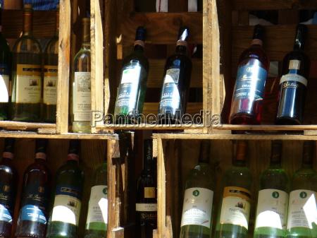 vin udstilling champagne flasker bokse valg