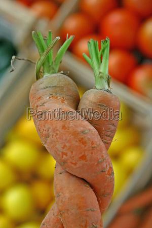 vegetabilsk indtagelse gulerodder gulerod orange kaerlighed