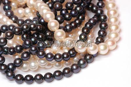 kaede perle kravat