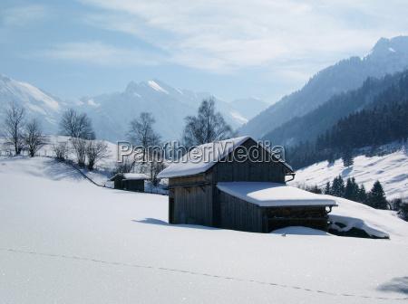 alper bayern vinterferien vinterlandskab allgaeu bjerg