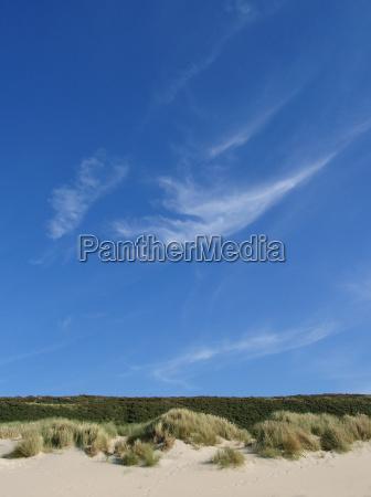 bla himmel over klitlandskab