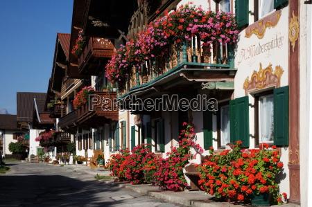 blomst dekoreret huse i garmisch
