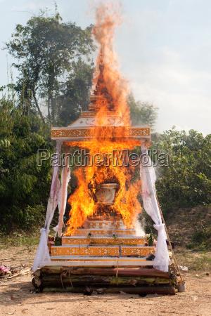 dod begravelse kremering braende