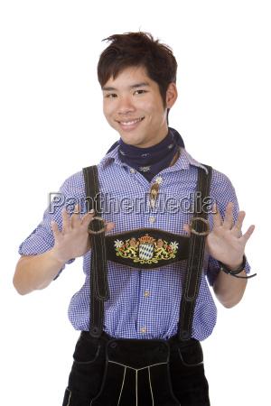 mand i bayerske oktoberfest laederbukser lederhose