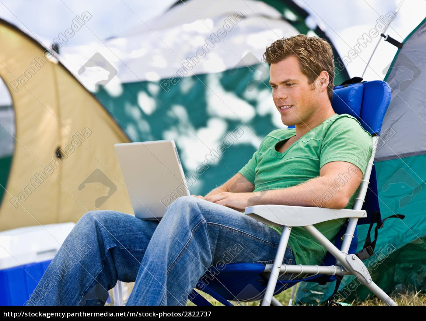 camper, med, laptop - 2822737