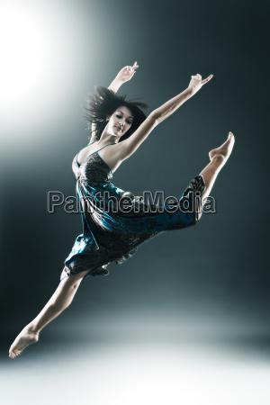 stilfuld og unge moderne stil danser