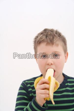 mad levnedsmiddel naeringsmiddel fodevare frugt traefrugt
