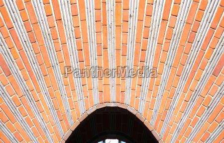 bro tunnel berlin mursten dekoration klinker