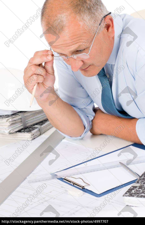 professionel, arkitekt, med, blueprint, bag, bordet - 4997707