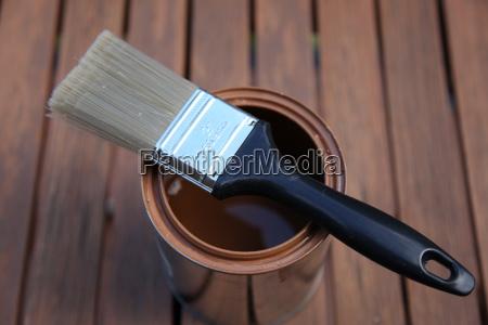 borst pa tin med brun maling