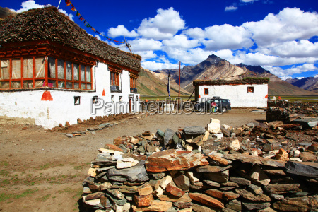 traditional housezanskar valleyindia
