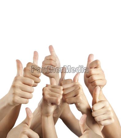 mange forskellige haender med thumbs up