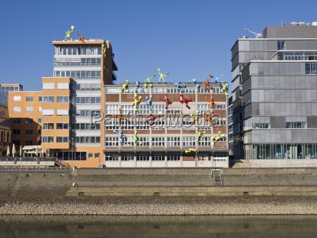 hus bygning huse kunst kultur farverig