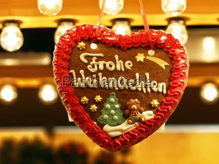 christmas market lebkuchenherz