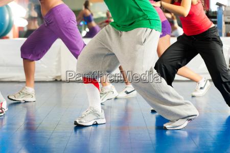 fitness zumba traening og traening
