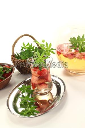 fresh maibowle with strawberries