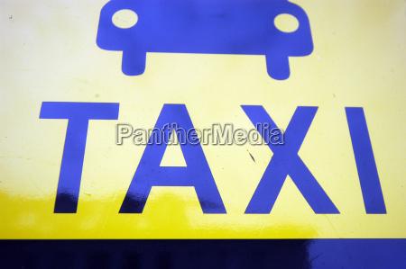 skilt signal faerdsel faerdselsvaesen taxa taxi