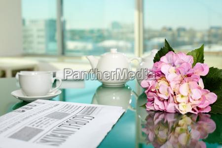 avis tageblatt kop kontor te skrivebord
