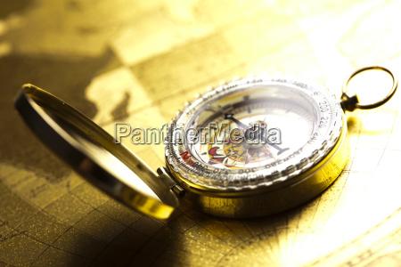 navigations instrument kort og kompas