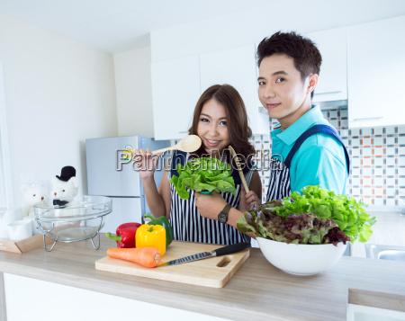 kvinde kvinder mad levnedsmiddel naeringsmiddel fodevare