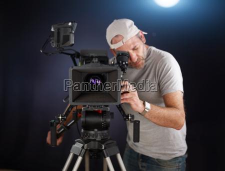 kameramand arbejder med en biograf
