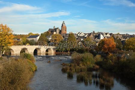 lahn floden i den gamle by