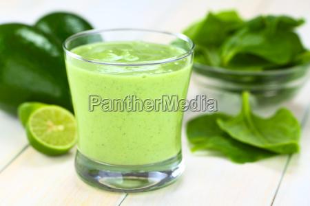 avocado og spinat smoothie