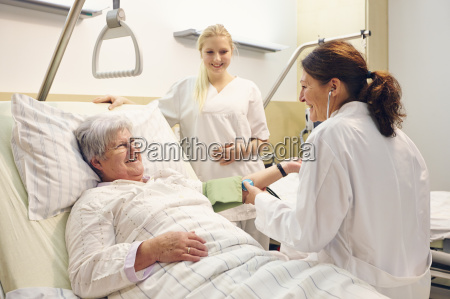 hospital patient doctor sister