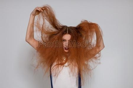 unge attraktive smuk kvinde med lange