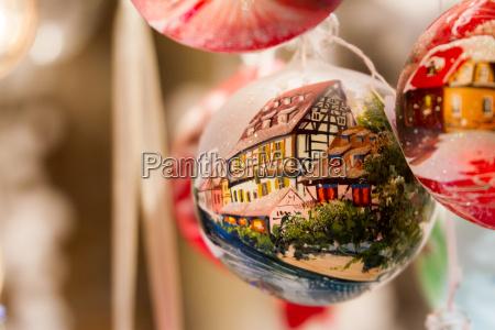 jul ornament med bindingsvaerkshus