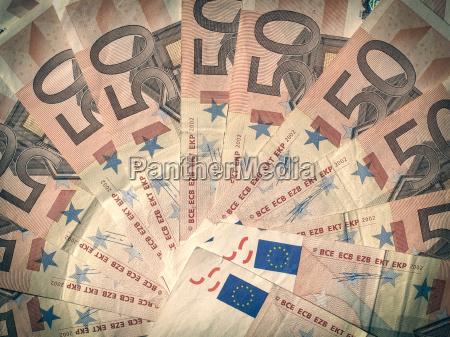 pengeinstitut bank betalingsmiddel euro montfod valuta