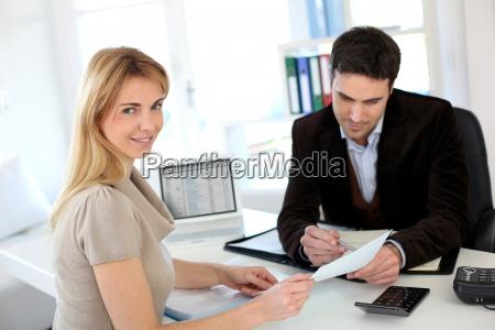 kvinde mode advokat til at etablere