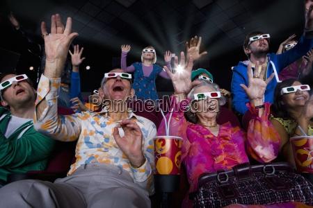 film publikum i 3d briller der