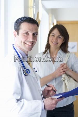 laege medic kvinde mennesker folk personer