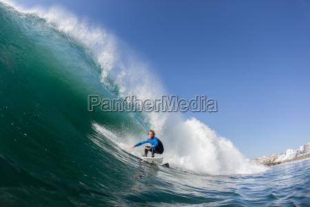 surfing surfer vand handling