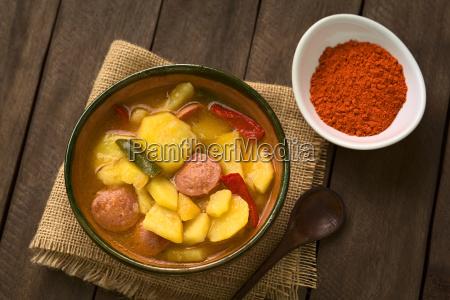 mad levnedsmiddel naeringsmiddel fodevare stegt polse