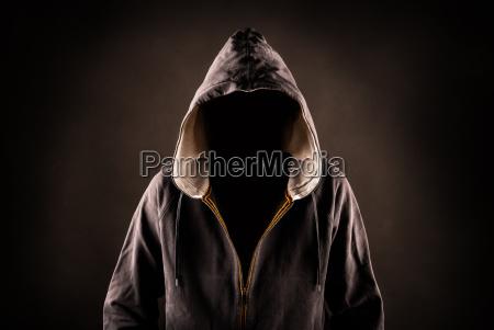 silhuet skjult hood skummel daekning kriminelle