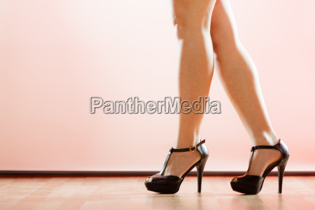 hoje haele sko pa sexede kvindelige