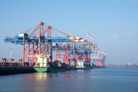 havnen i hamborg ved floden elben