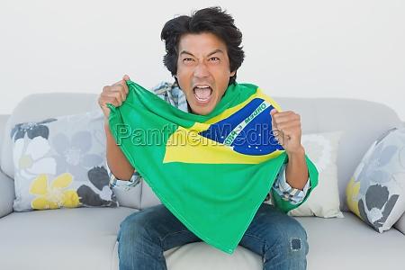 brasiliansk fodbold fan heptrer mens du