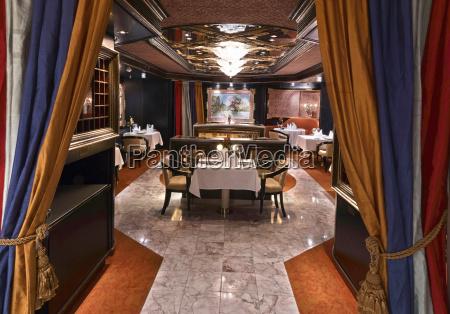 luksus klassisk restaurant med smuk bord
