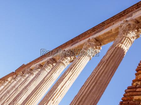 retro look colonne di san lorenzo