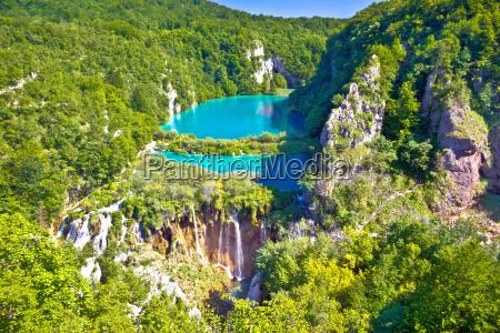 paradise vandfald af plitvice lakes nationalpark