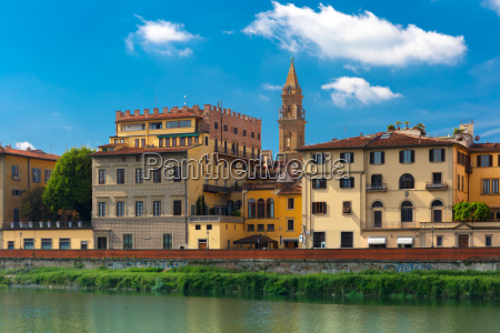 quay of the river arno in