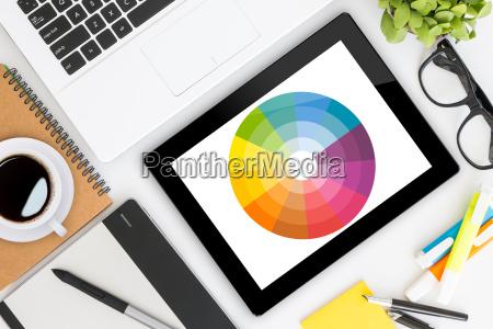 escritorio del disenyo grafico creativo