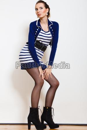 fashion foto af ung kvinde i