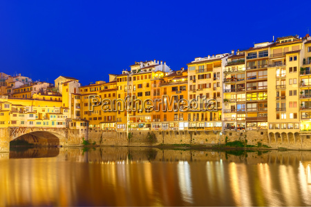 arno and ponte vecchio at night