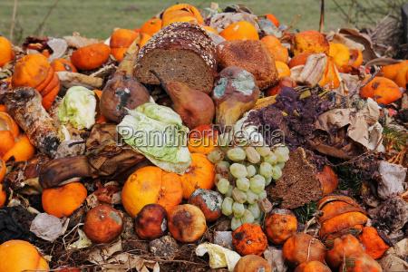kasseret frugt og brod pa organisk