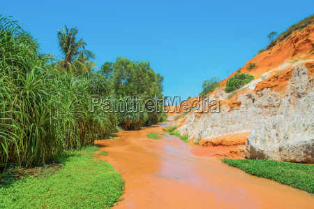 red river og colored sandsten