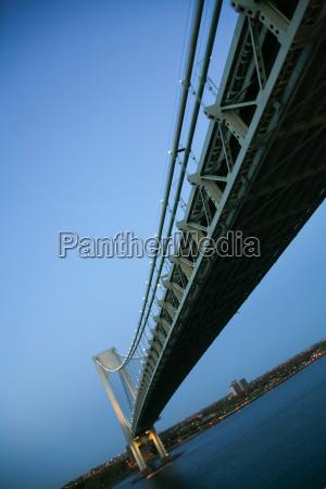 bro mellemstykke efter dag i lobet
